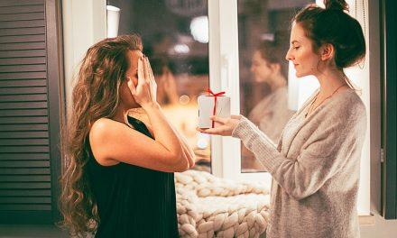 Noël : Quelle coiffure pour les filles ?