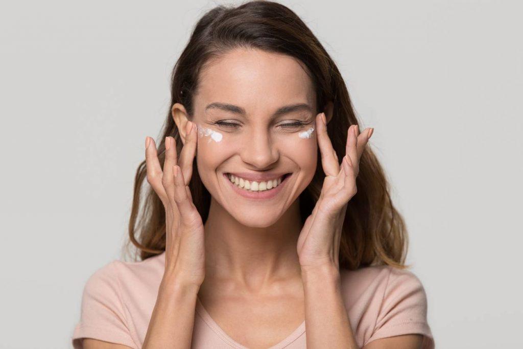 Comment reconnaître et prendre soin d'une peau sensible ?