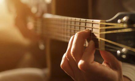 La guitare acoustique est-elle toujours tendance ?