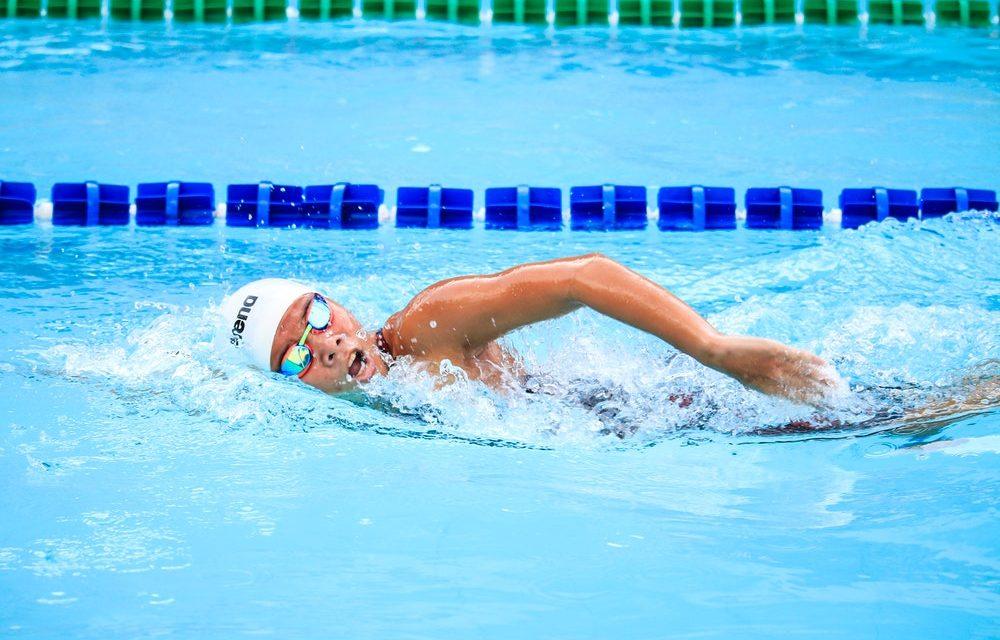 Comment améliorer son battement de jambe en natation ?