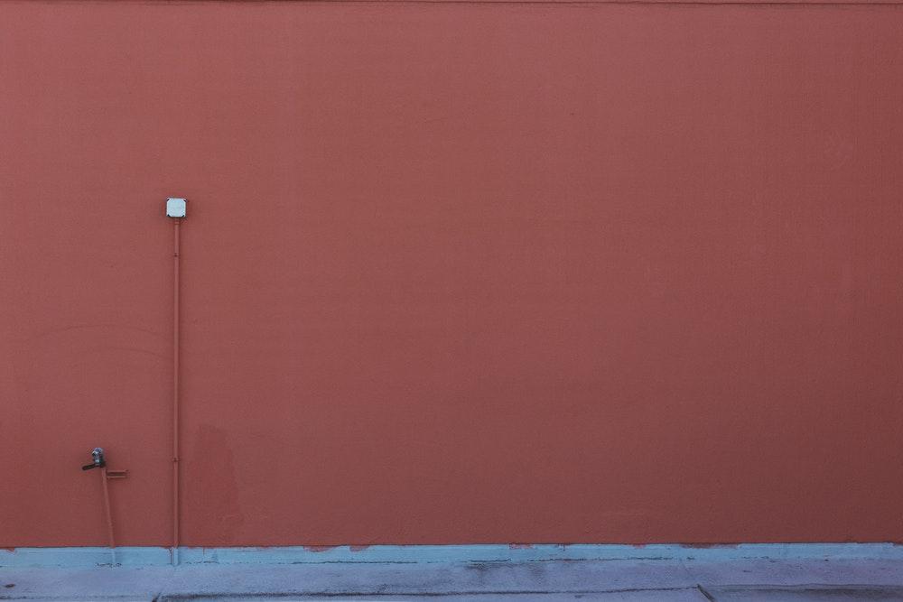 Comment rénover un mur intérieur ? Conseils, astuces réparation ...