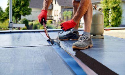 Marcher sur une toiture : nos conseils