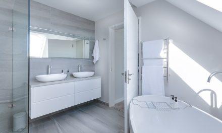 Où trouve-t-on des choix intéressants de stickers pour salle de bain ?