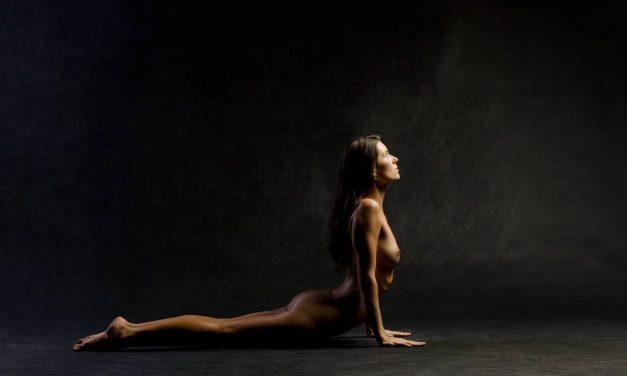 Tout savoir sur le Yoga nu et ses bienfaits